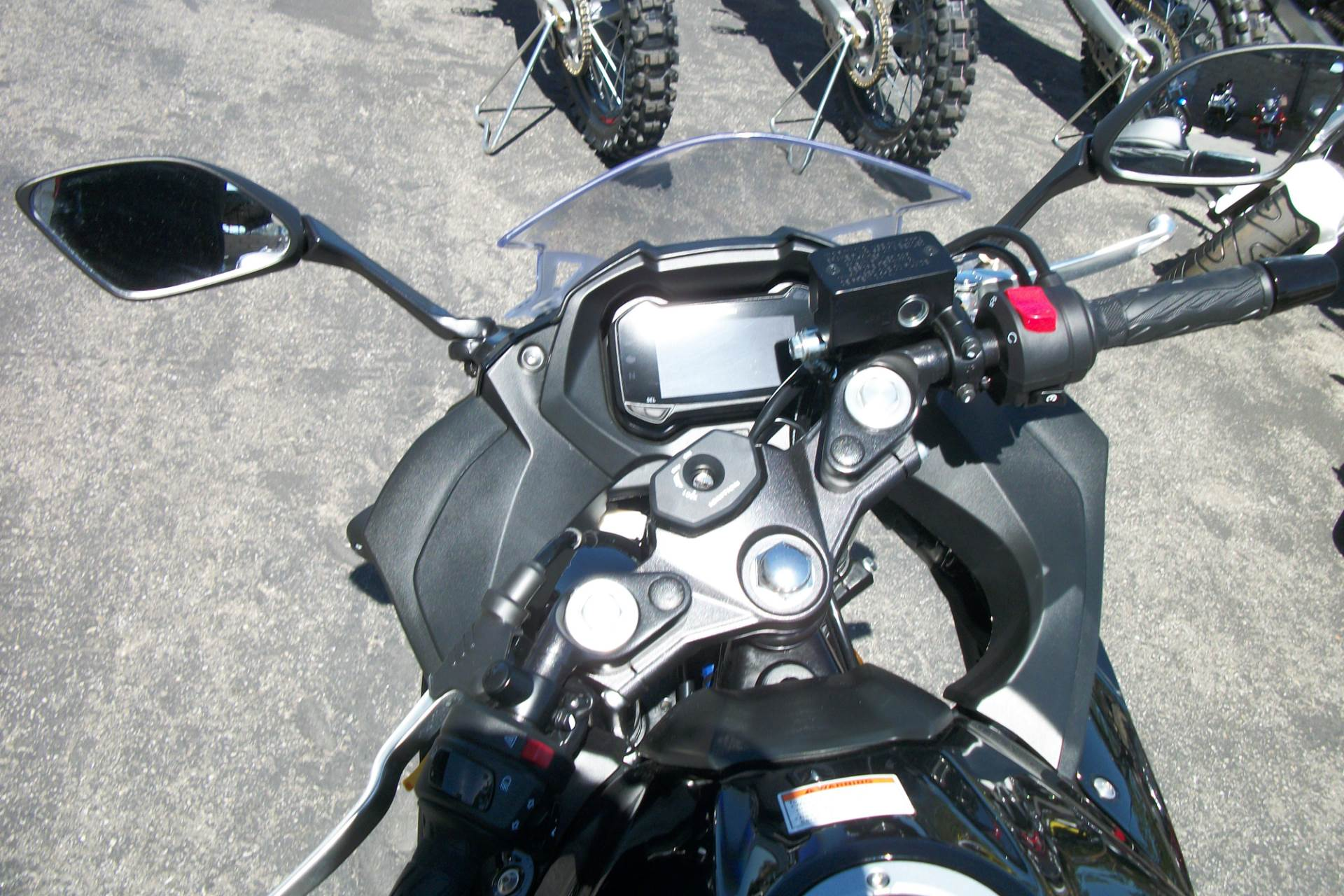 2018 Suzuki GSX250R in Simi Valley, California - Photo 5