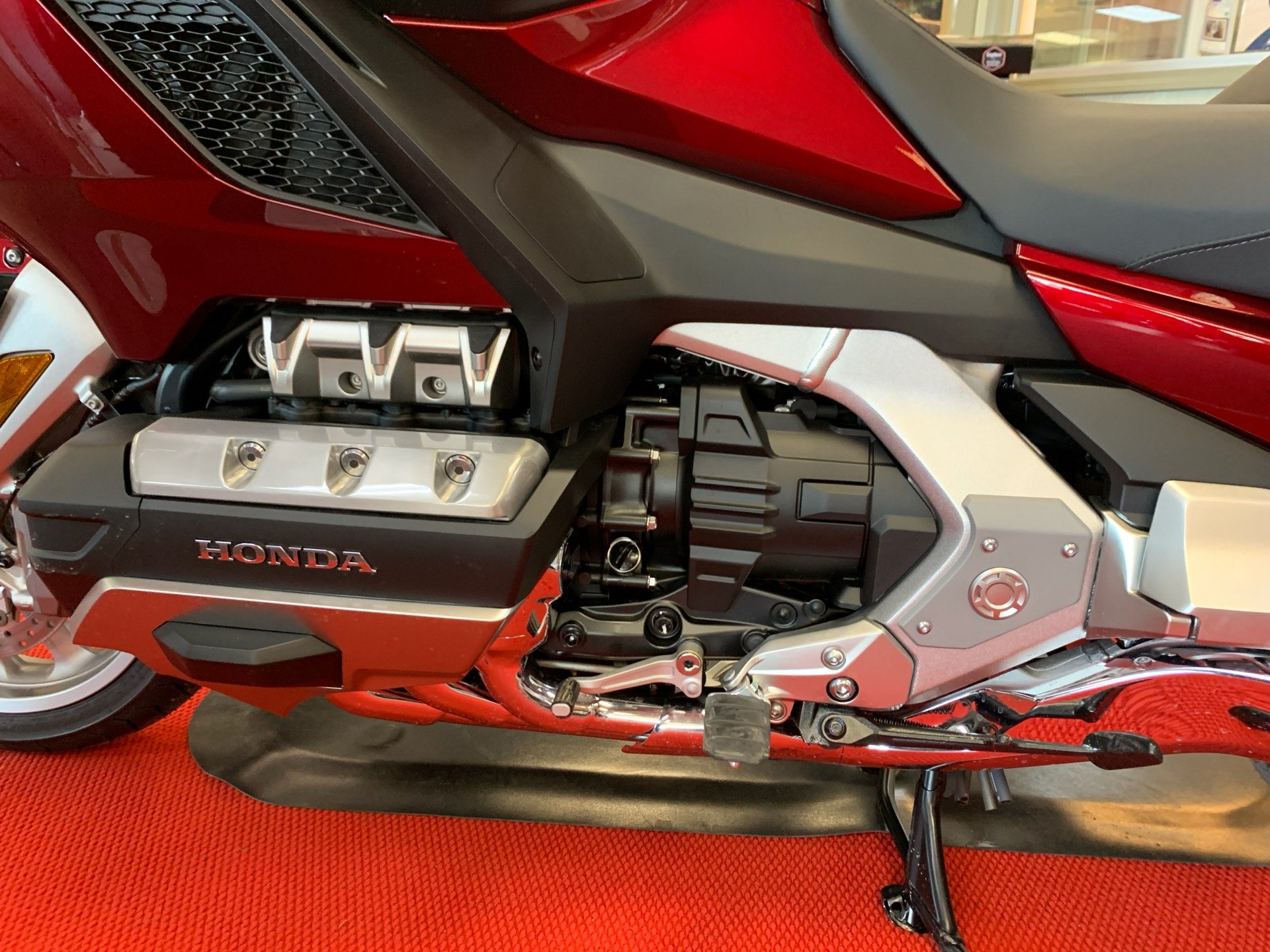 2019 Honda Gold Wing Tour in Petersburg, West Virginia - Photo 8