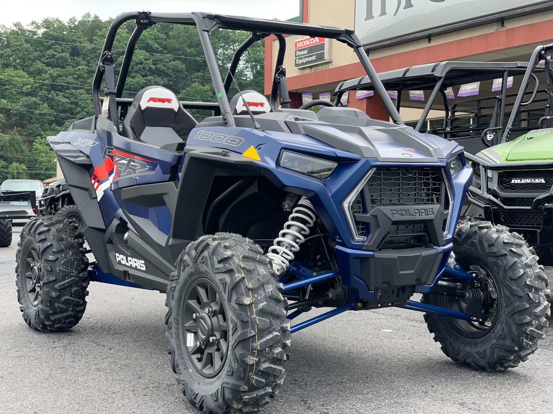 2021 Polaris RZR XP 1000 Premium in Petersburg, West Virginia - Photo 2