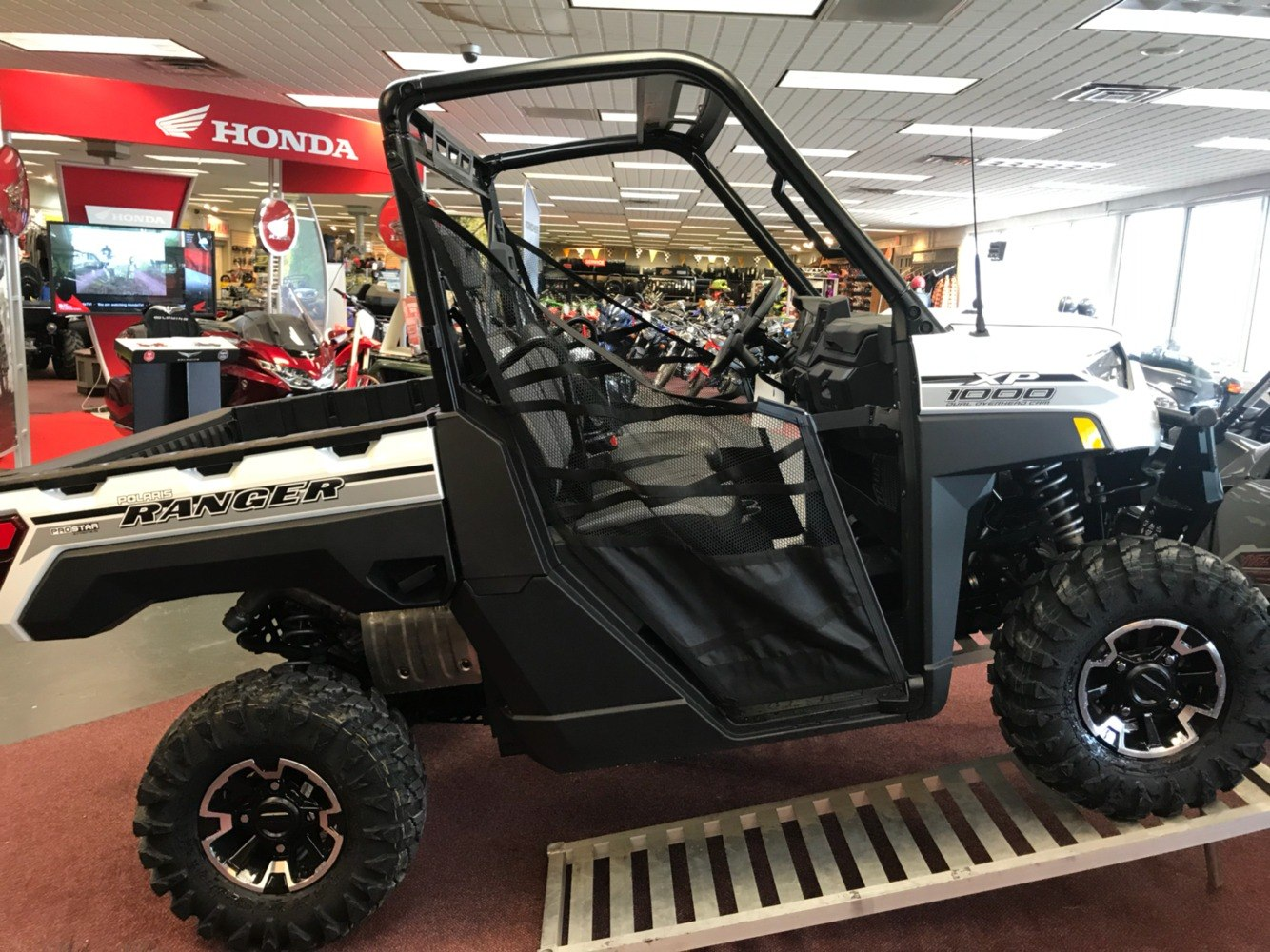 2019 Polaris Ranger XP 1000 EPS Ride Command in Petersburg, West Virginia