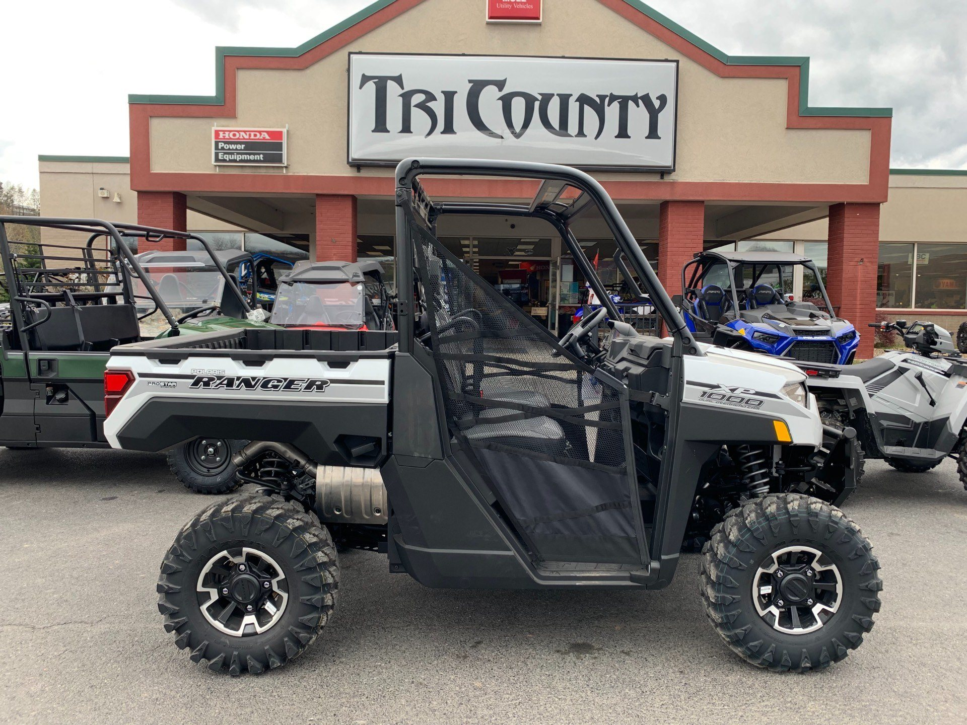 2019 Polaris Ranger XP 1000 EPS Premium in Petersburg, West Virginia - Photo 1