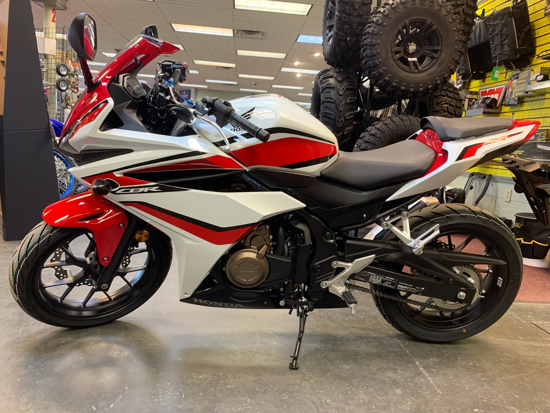 2018 Honda CBR500R in Petersburg, West Virginia - Photo 3