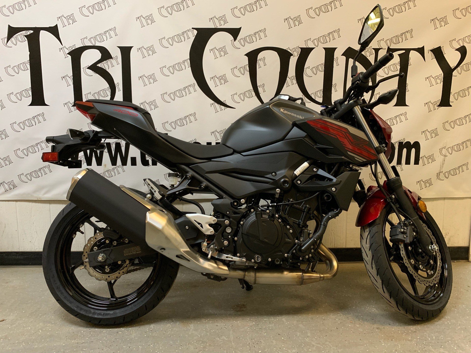 2019 Kawasaki Z400 ABS First Look (11 Fast Facts)