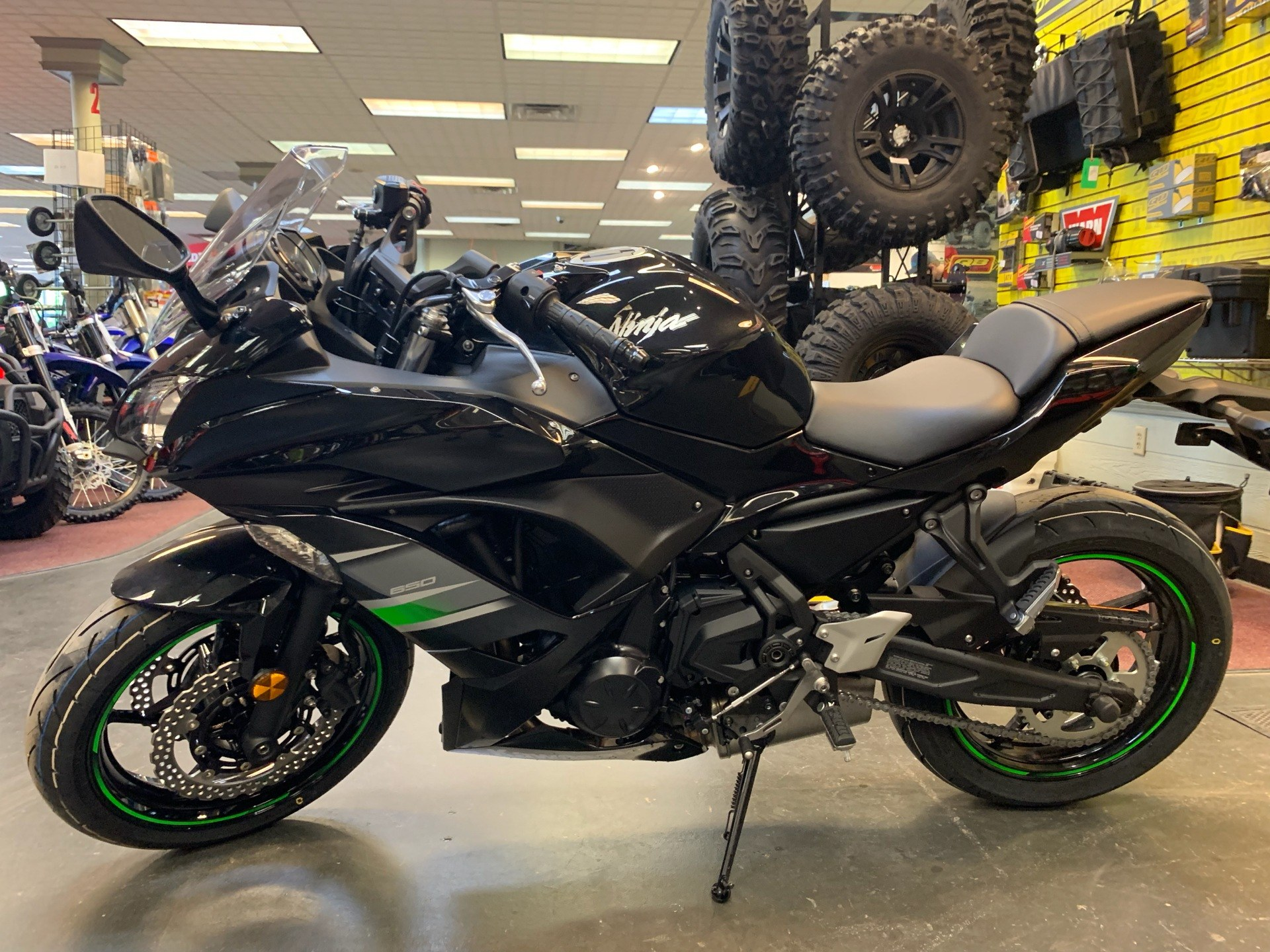 2019 Kawasaki Ninja 650 in Petersburg, West Virginia - Photo 10