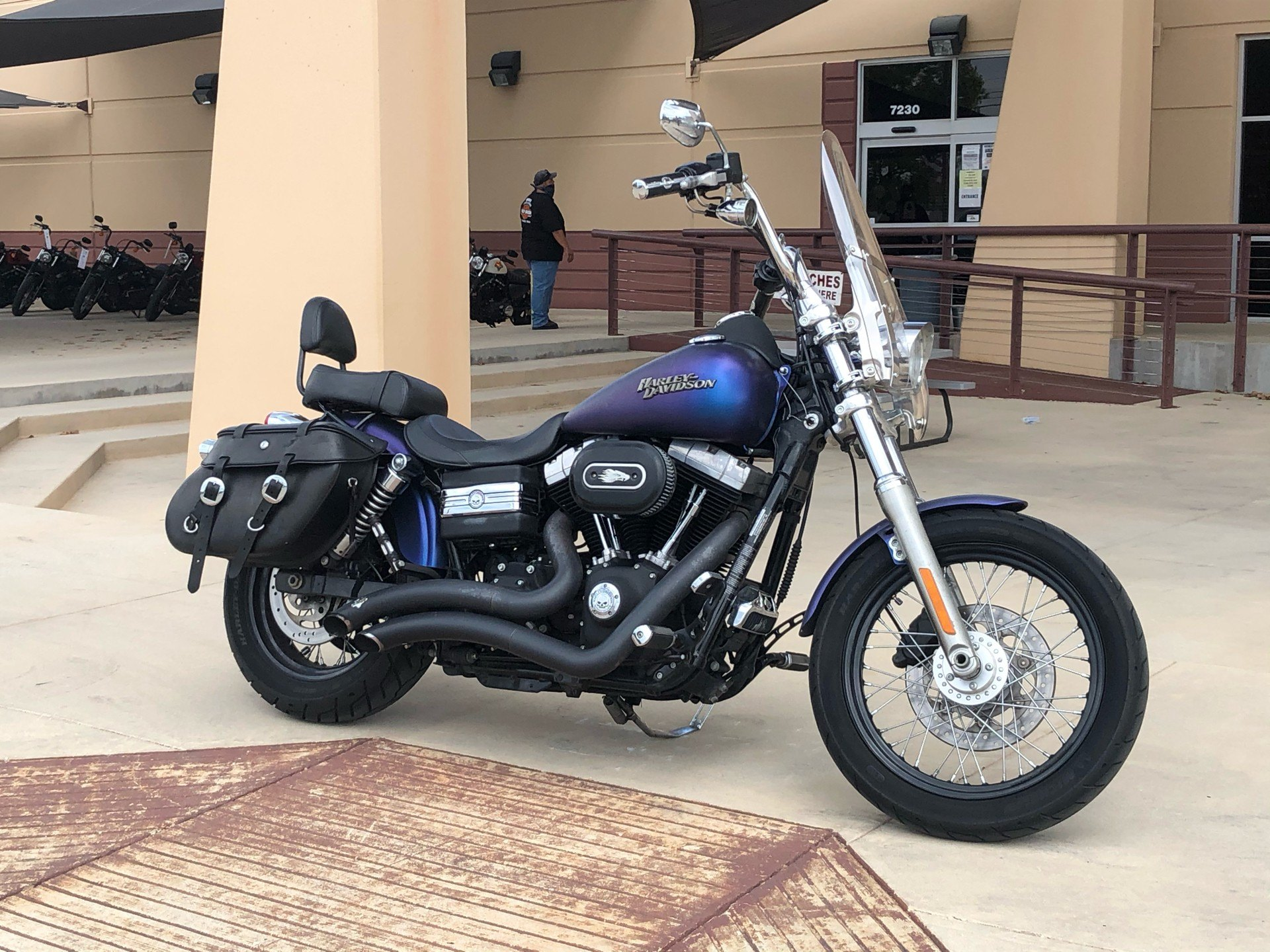 2010 Harley-Davidson Dyna® Street Bob® in San Antonio, Texas - Photo 5