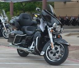 2017 Harley-Davidson Ultra Limited in San Antonio, Texas - Photo 3