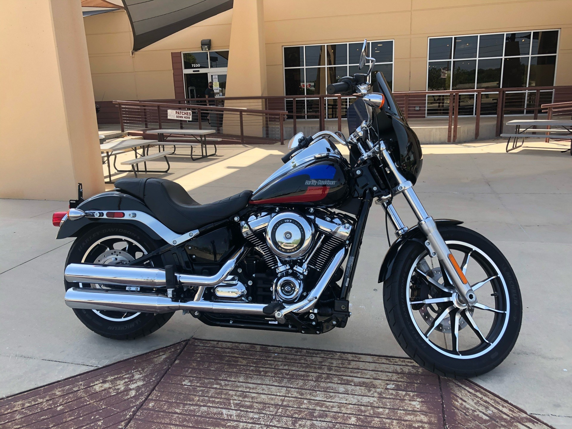 2019 Harley-Davidson Low Rider® in San Antonio, Texas - Photo 4