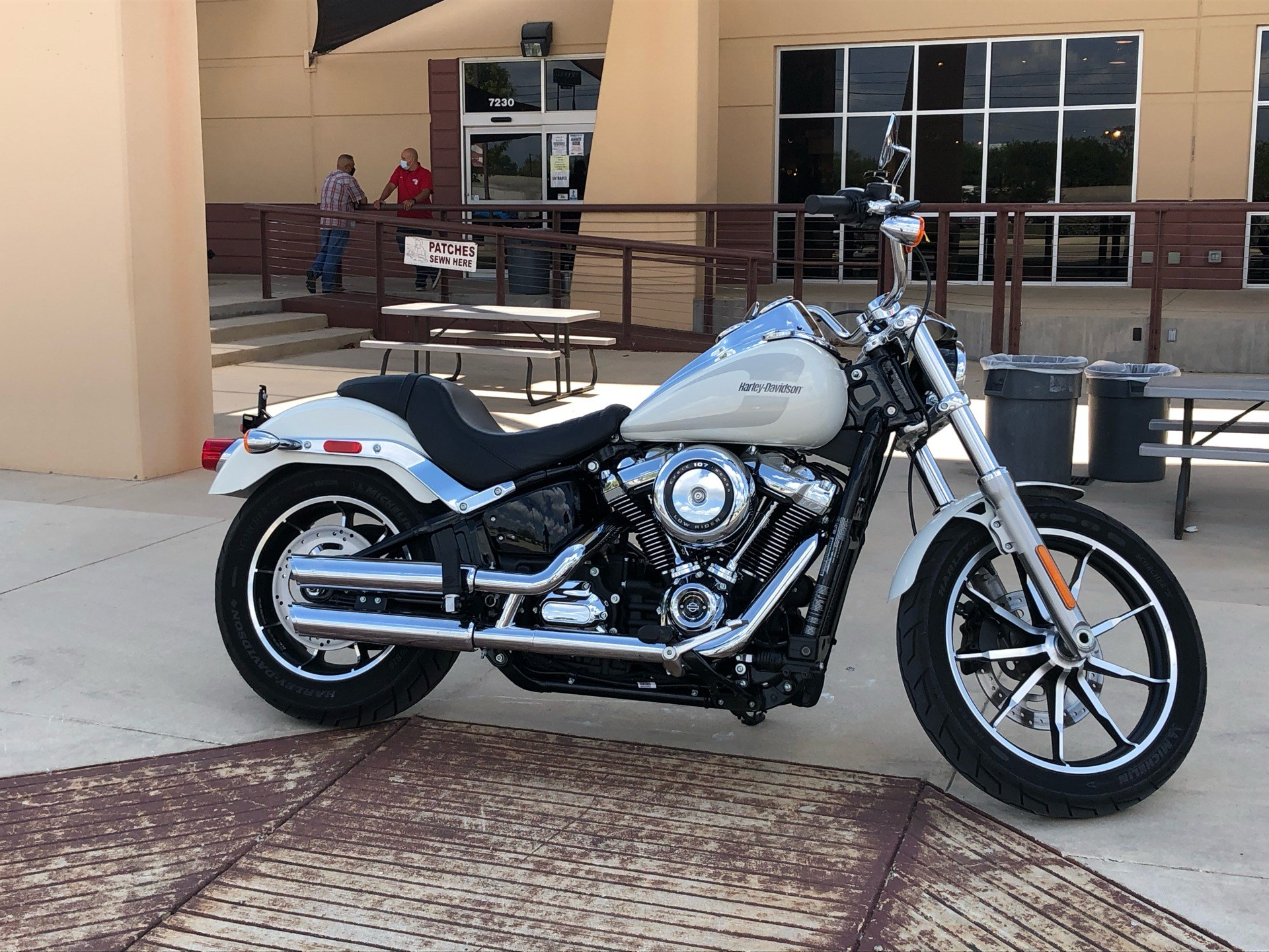2018 Harley-Davidson Low Rider® 107 in San Antonio, Texas - Photo 3