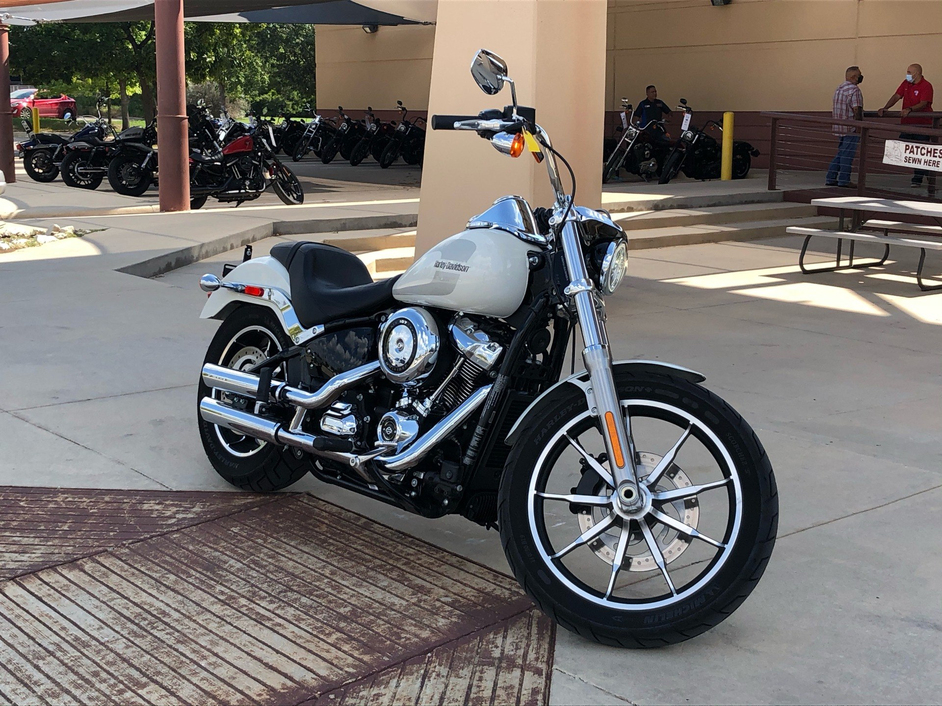 2018 Harley-Davidson Low Rider® 107 in San Antonio, Texas - Photo 5