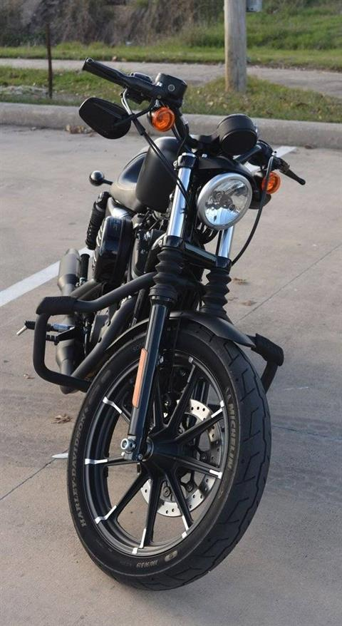 2017 Harley-Davidson Iron 883™ in San Antonio, Texas - Photo 5