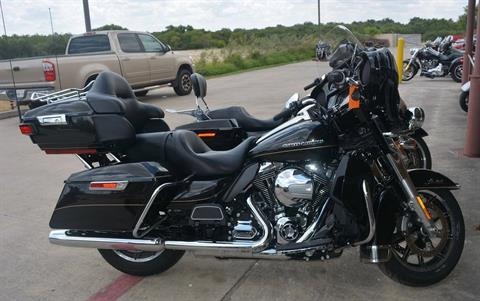 2016 Harley-Davidson Touring Ultra Limited in San Antonio, Texas - Photo 2