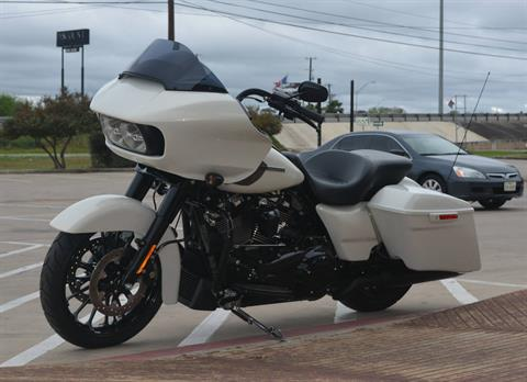 2018 Harley-Davidson Road Glide® Special in San Antonio, Texas - Photo 7