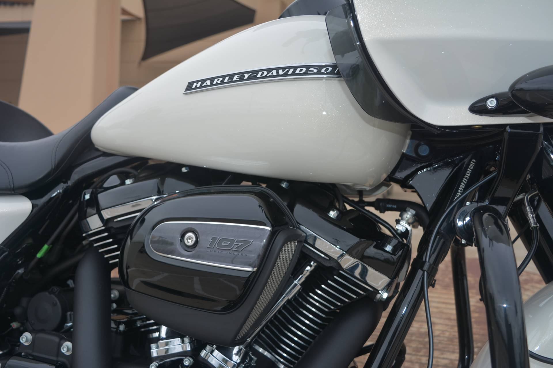 2018 Harley-Davidson Road Glide® Special in San Antonio, Texas - Photo 6