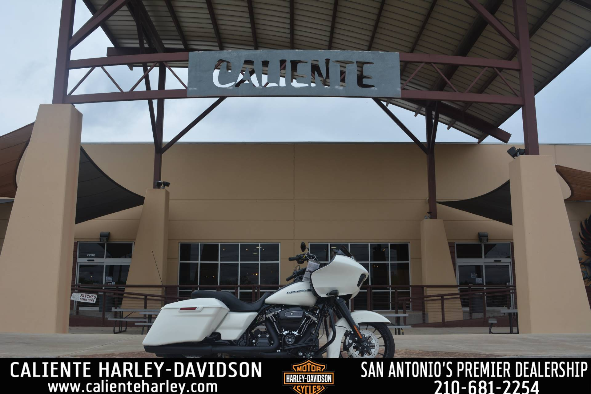 2018 Harley-Davidson Road Glide® Special in San Antonio, Texas - Photo 1
