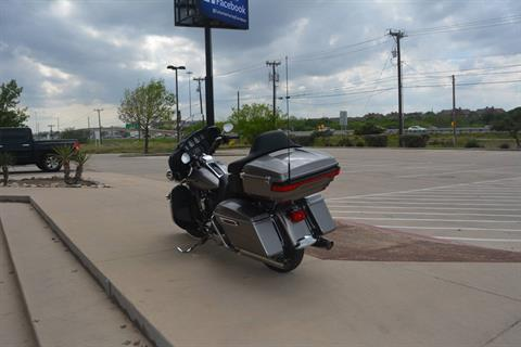 2017 Harley-Davidson Electra Glide® Ultra Classic® in San Antonio, Texas - Photo 10