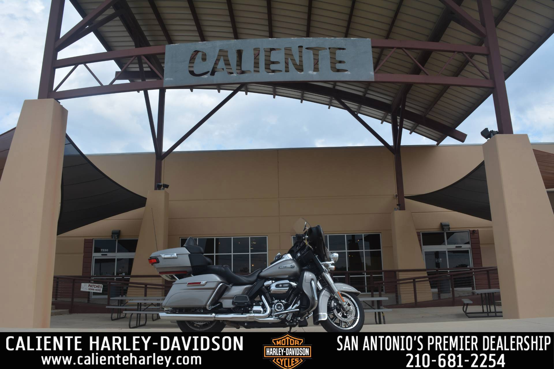 2017 Harley-Davidson Electra Glide® Ultra Classic® in San Antonio, Texas - Photo 1