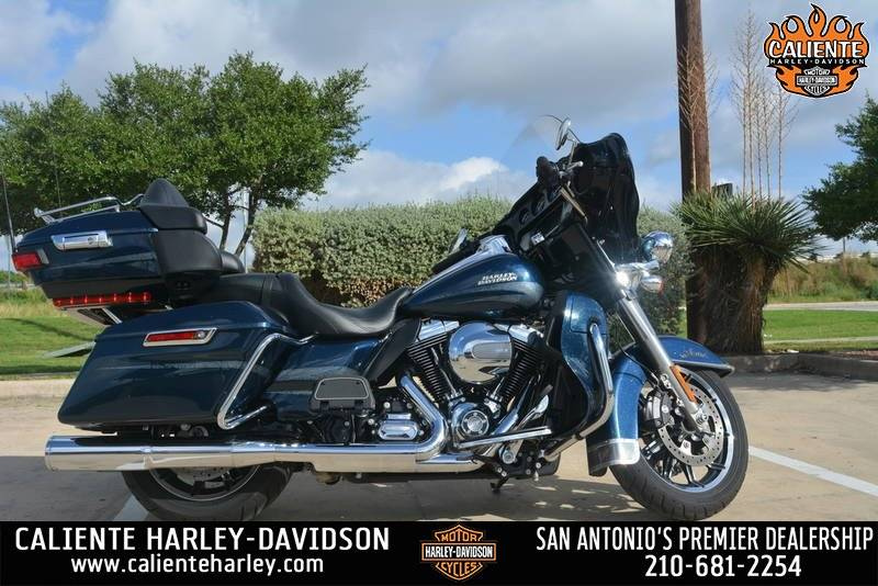 2016 Harley-Davidson Ultra Limited in San Antonio, Texas - Photo 1