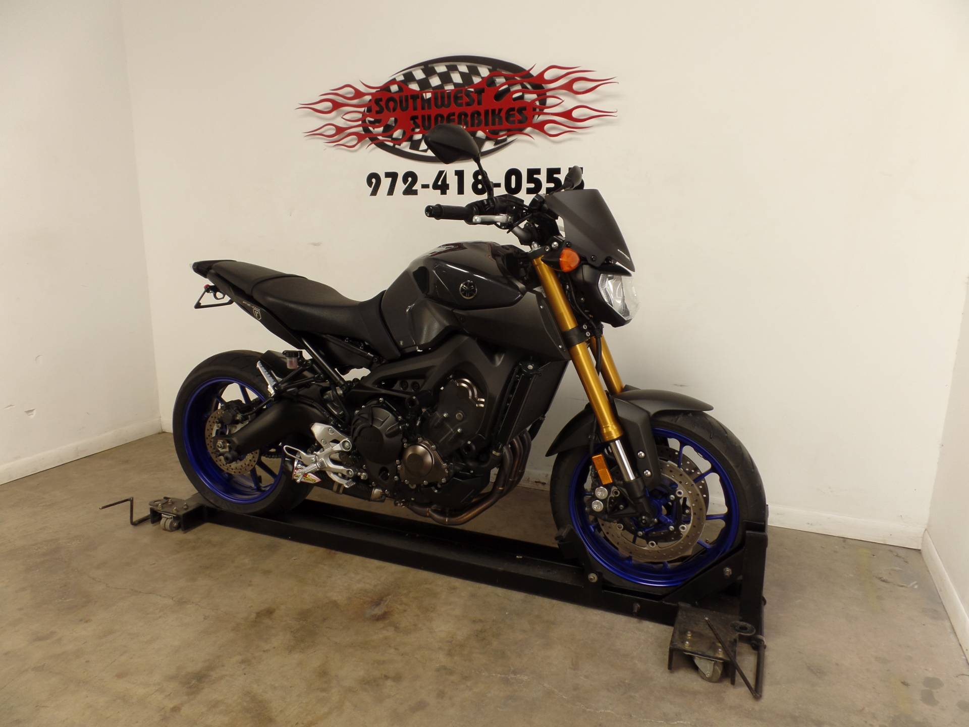 2014 Yamaha FZ-09 in Dallas, Texas