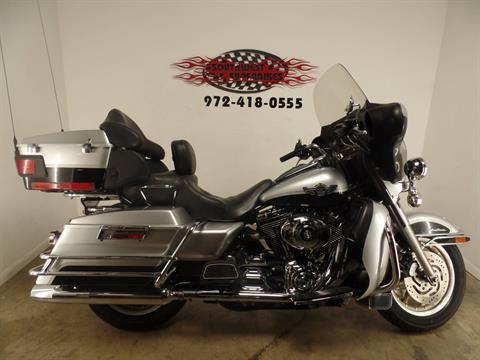 2003 Harley-Davidson FLHTCUI Ultra Classic® Electra Glide® in Dallas, Texas