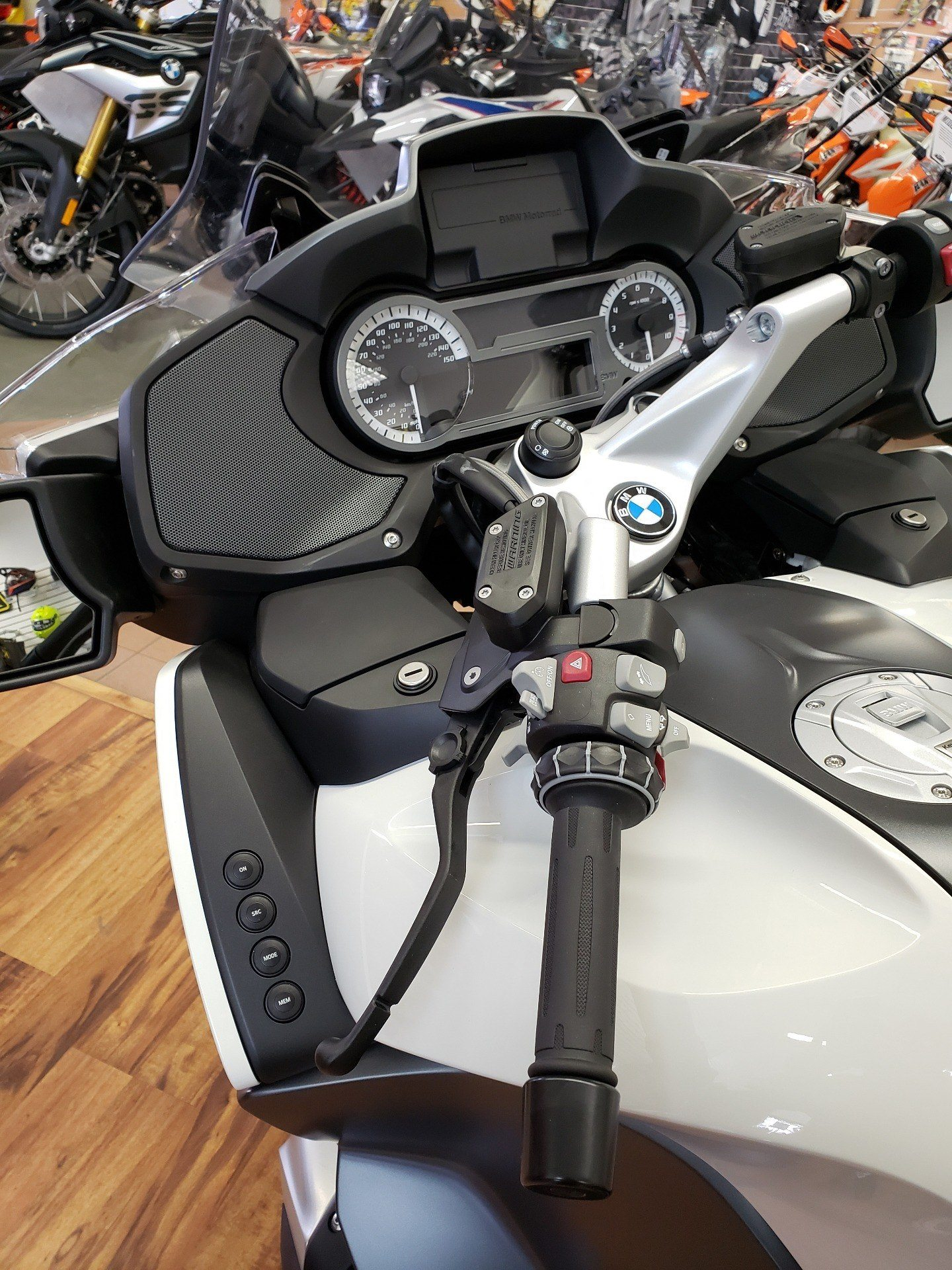 2019 BMW R 1250 RT in Sioux City, Iowa - Photo 6