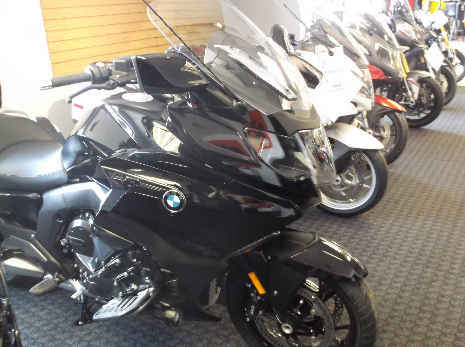 2018 BMW K1600B Grand America in Sioux City, Iowa