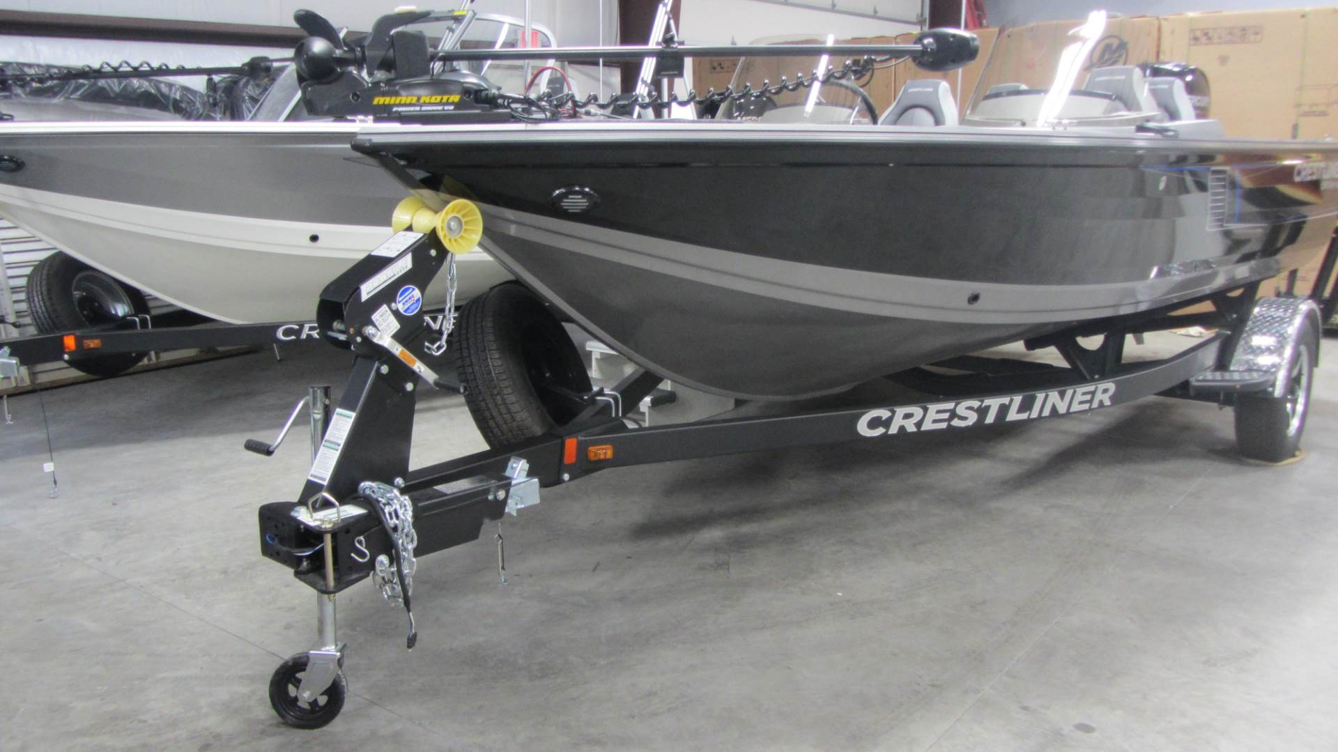 2017 Crestliner 1850DC FISH HAWK in Saint Peters, Missouri