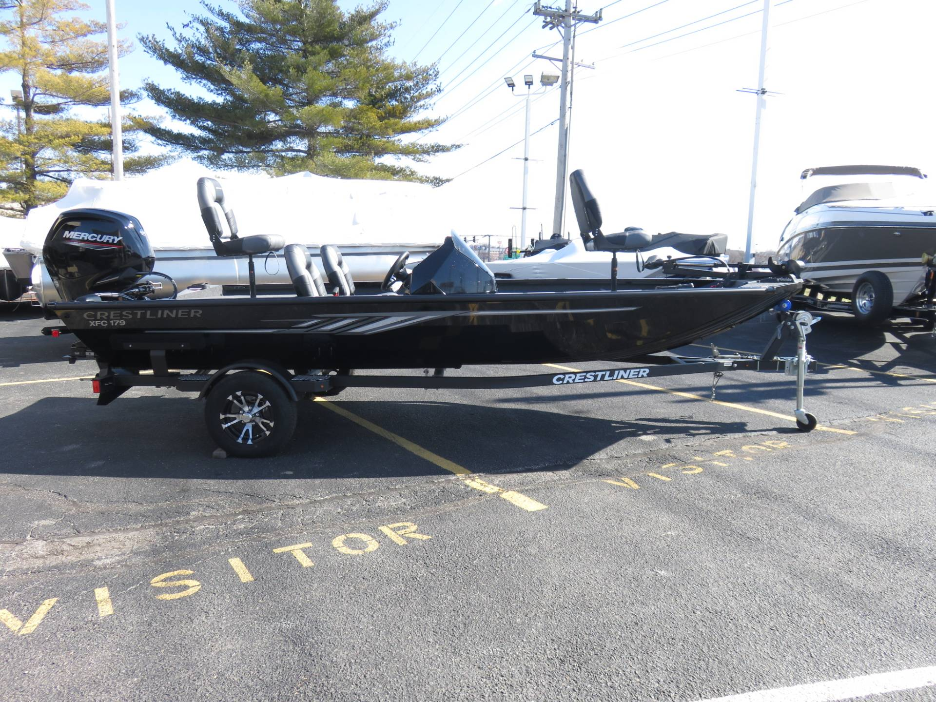 2020 Crestliner XFC179 in Saint Peters, Missouri - Photo 2