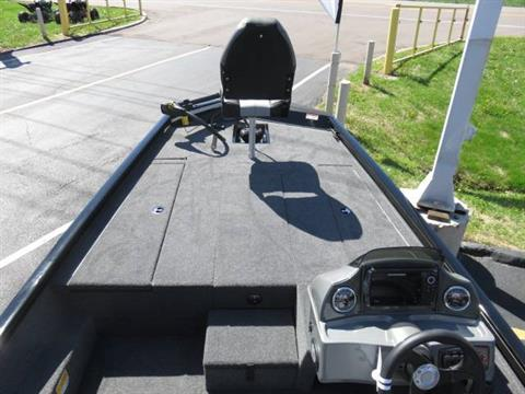 2019 Crestliner VT 18 in Saint Peters, Missouri - Photo 18