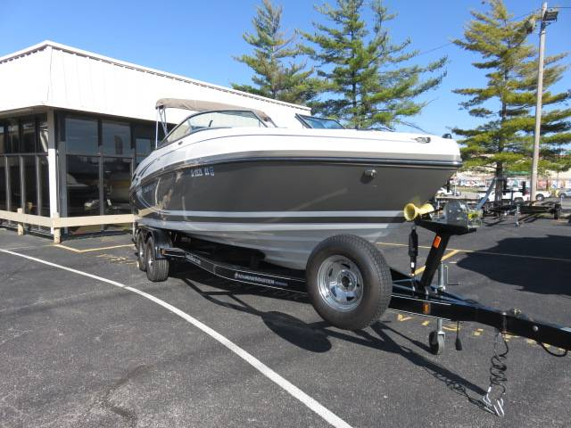 2014 Rinker Captiva 246 BR in Saint Peters, Missouri - Photo 3