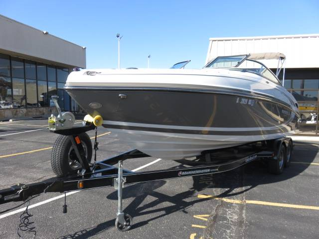 2014 Rinker Captiva 246 BR in Saint Peters, Missouri - Photo 7