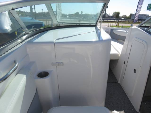 2014 Rinker Captiva 246 BR in Saint Peters, Missouri - Photo 39