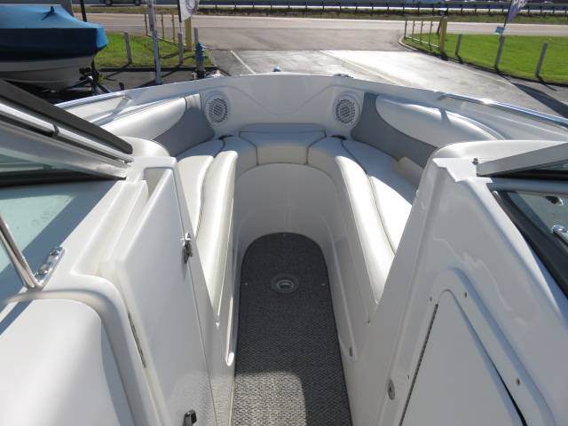 2014 Rinker Captiva 246 BR in Saint Peters, Missouri - Photo 46