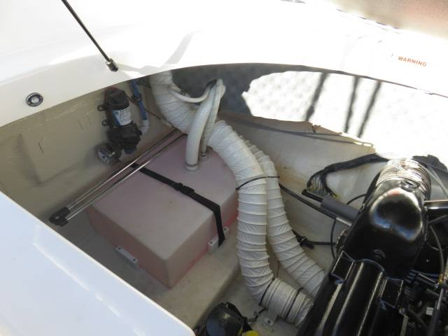 2014 Rinker Captiva 246 BR in Saint Peters, Missouri - Photo 77