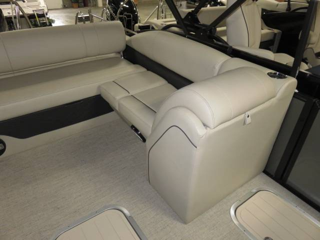 2019 Barletta E-CLASS E24U in Saint Peters, Missouri - Photo 26