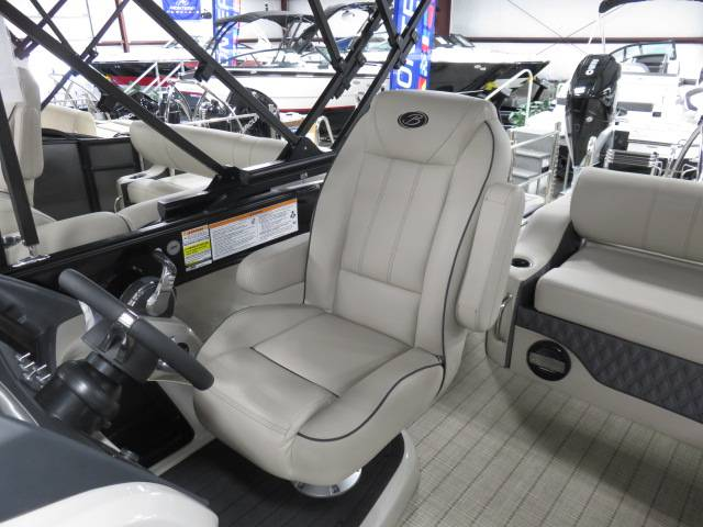 2019 Barletta L-CLASS L25U in Saint Peters, Missouri - Photo 34