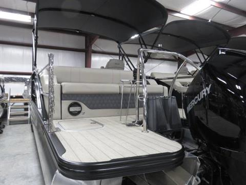 2019 Barletta L-CLASS L25U in Saint Peters, Missouri - Photo 8