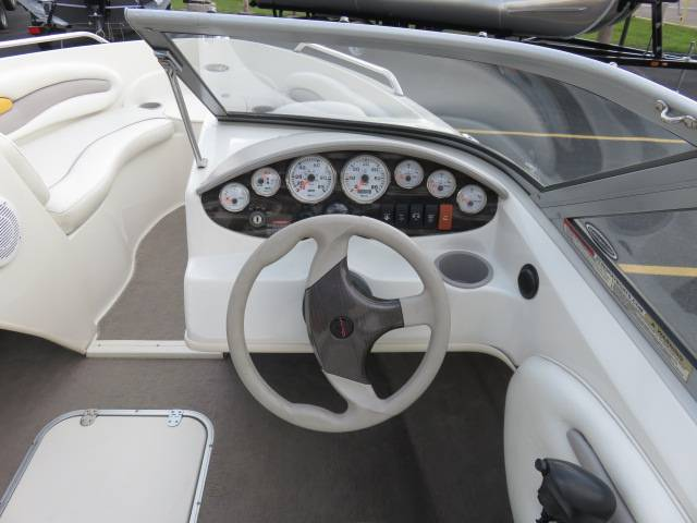 2008 Stingray 195LR in Saint Peters, Missouri - Photo 12