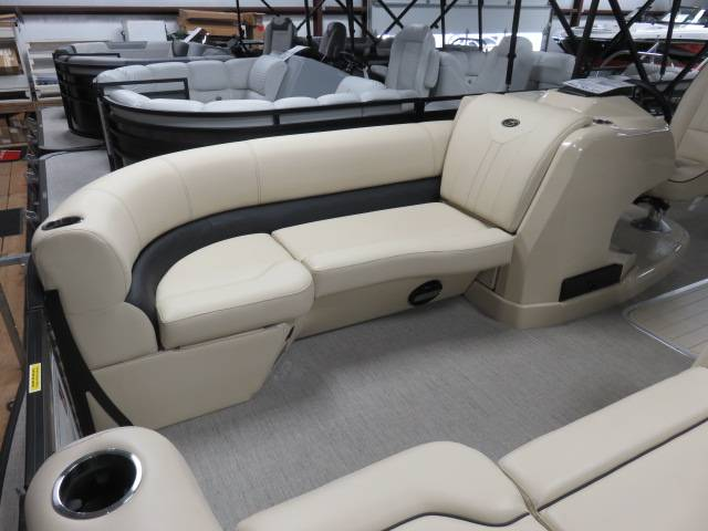 2019 Barletta E-CLASS E22UC in Saint Peters, Missouri - Photo 62