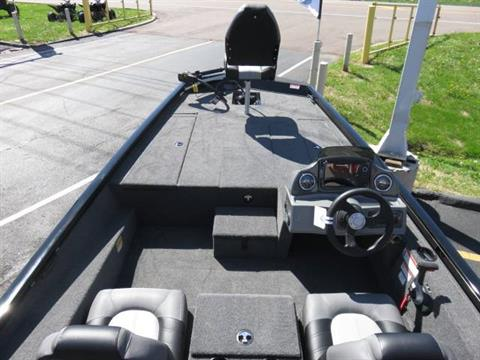 2019 Crestliner VT 18 in Saint Peters, Missouri - Photo 10