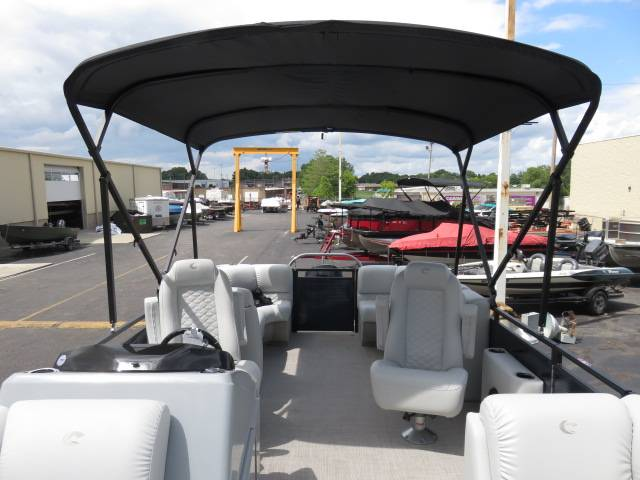 2019 Crestliner RALLY DX 220CWDH in Saint Peters, Missouri - Photo 15