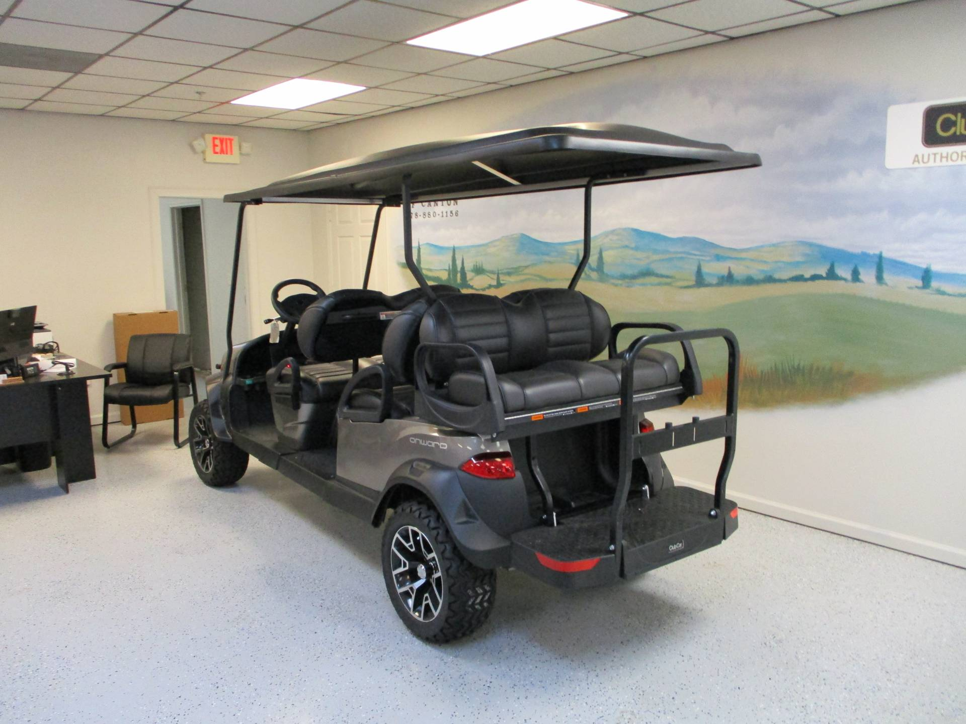 2020 Club Car Onward 6 Passenger Electric Lifted in Canton, Georgia - Photo 3