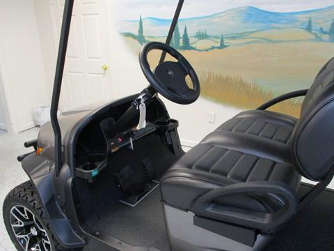 2020 Club Car Onward 6 Passenger Electric Lifted in Canton, Georgia - Photo 5