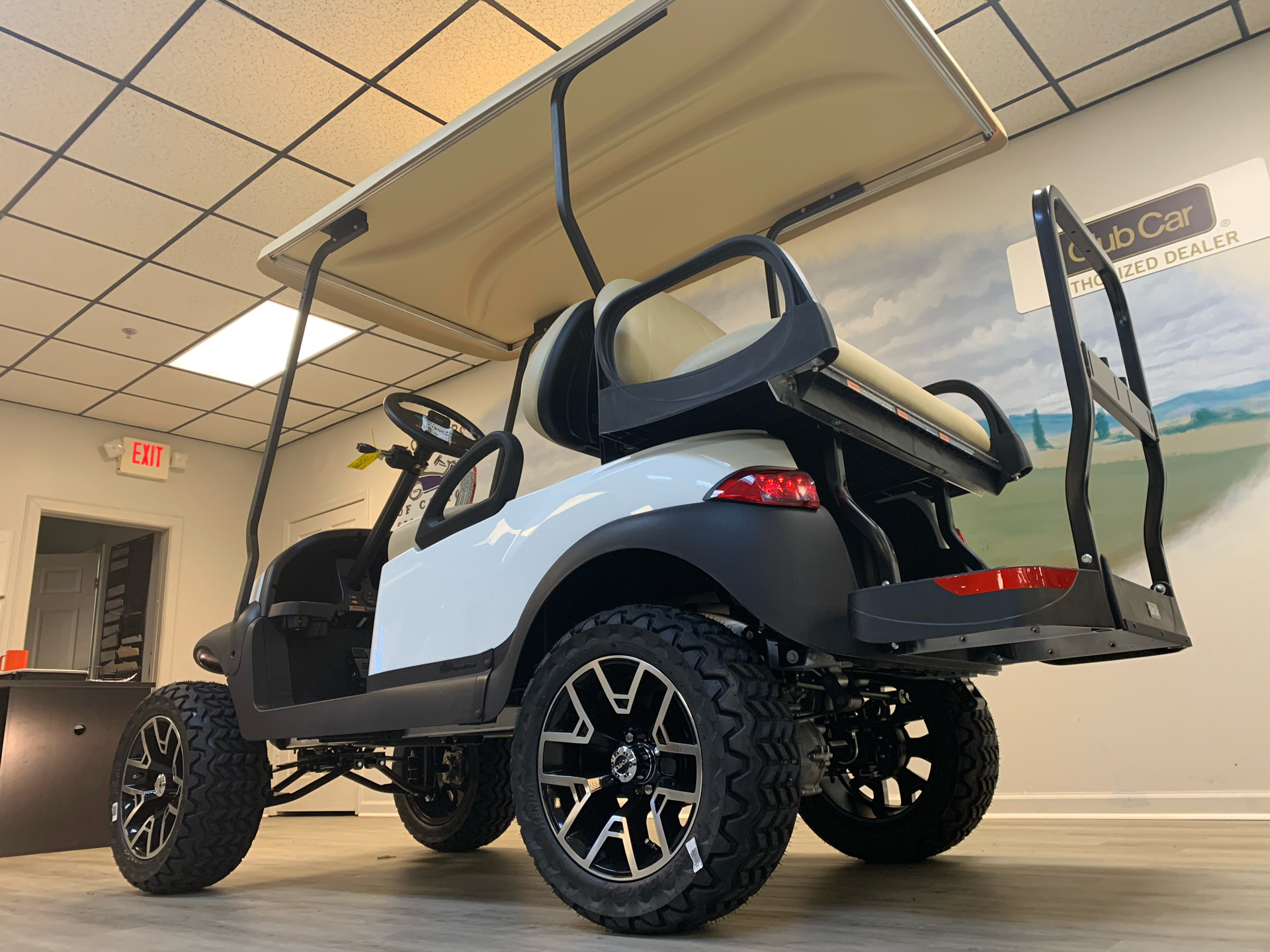 2021 Club Car V4L Gas in Canton, Georgia - Photo 9