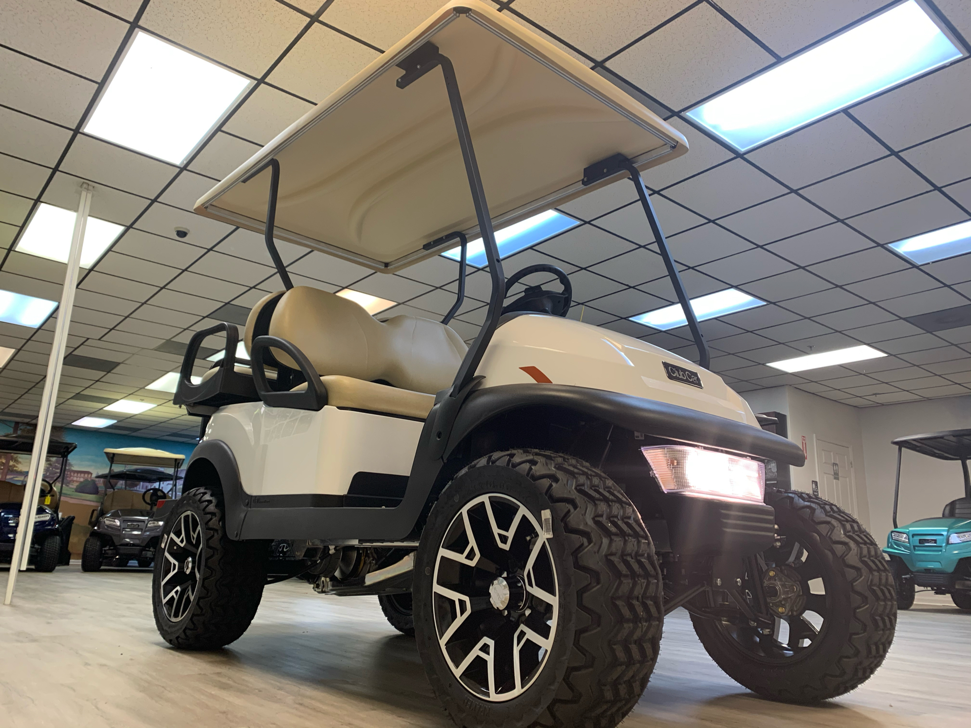 2021 Club Car V4L Gas in Canton, Georgia - Photo 3