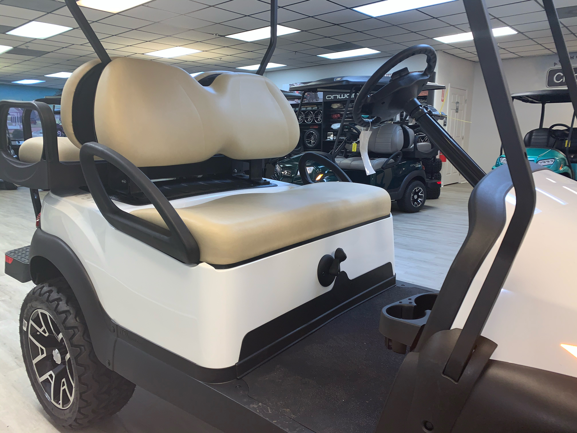 2021 Club Car V4L Gas in Canton, Georgia - Photo 31