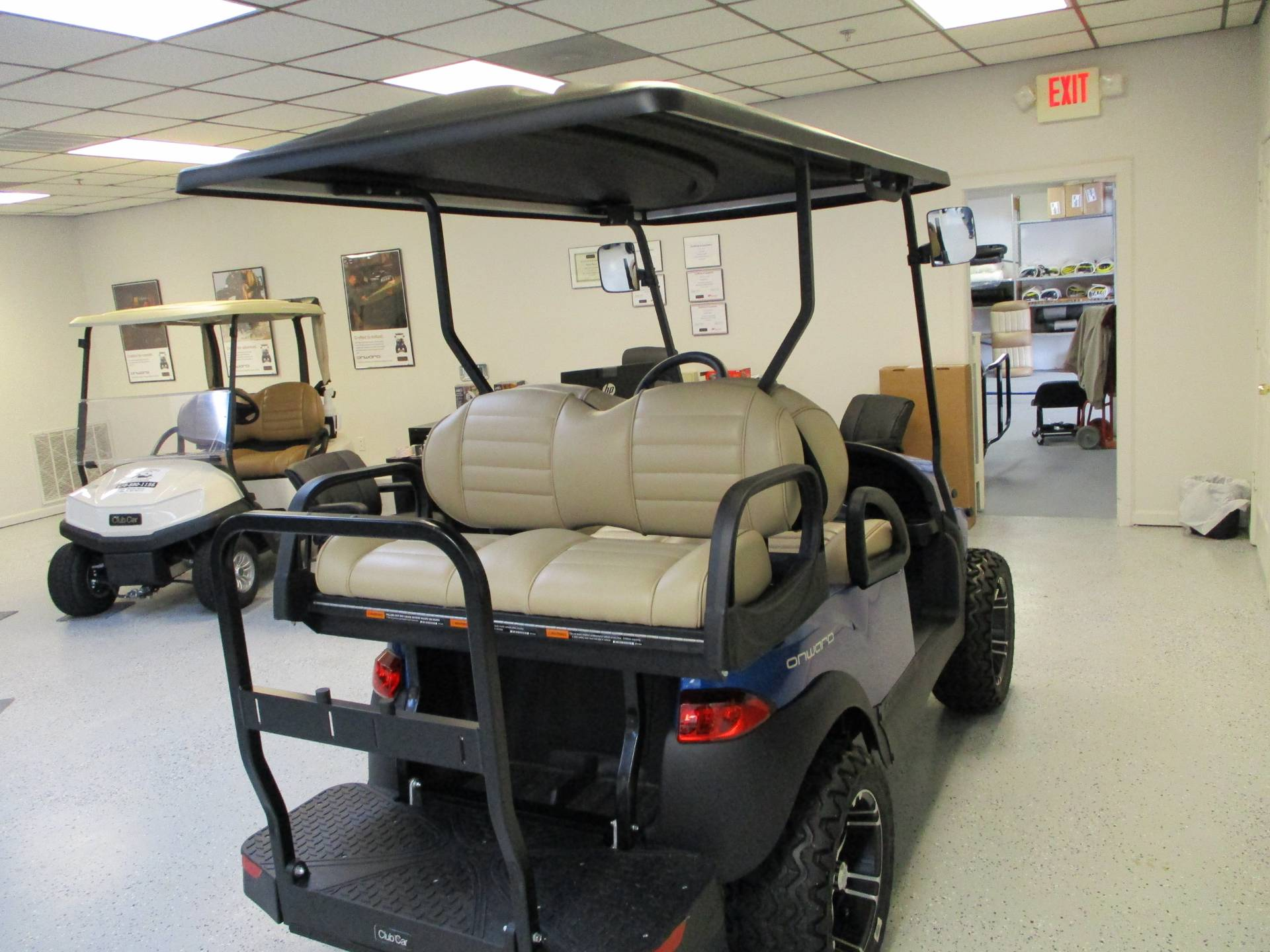 2020 Club Car Onward 4 Passenger Lifted Gas in Canton, Georgia - Photo 5