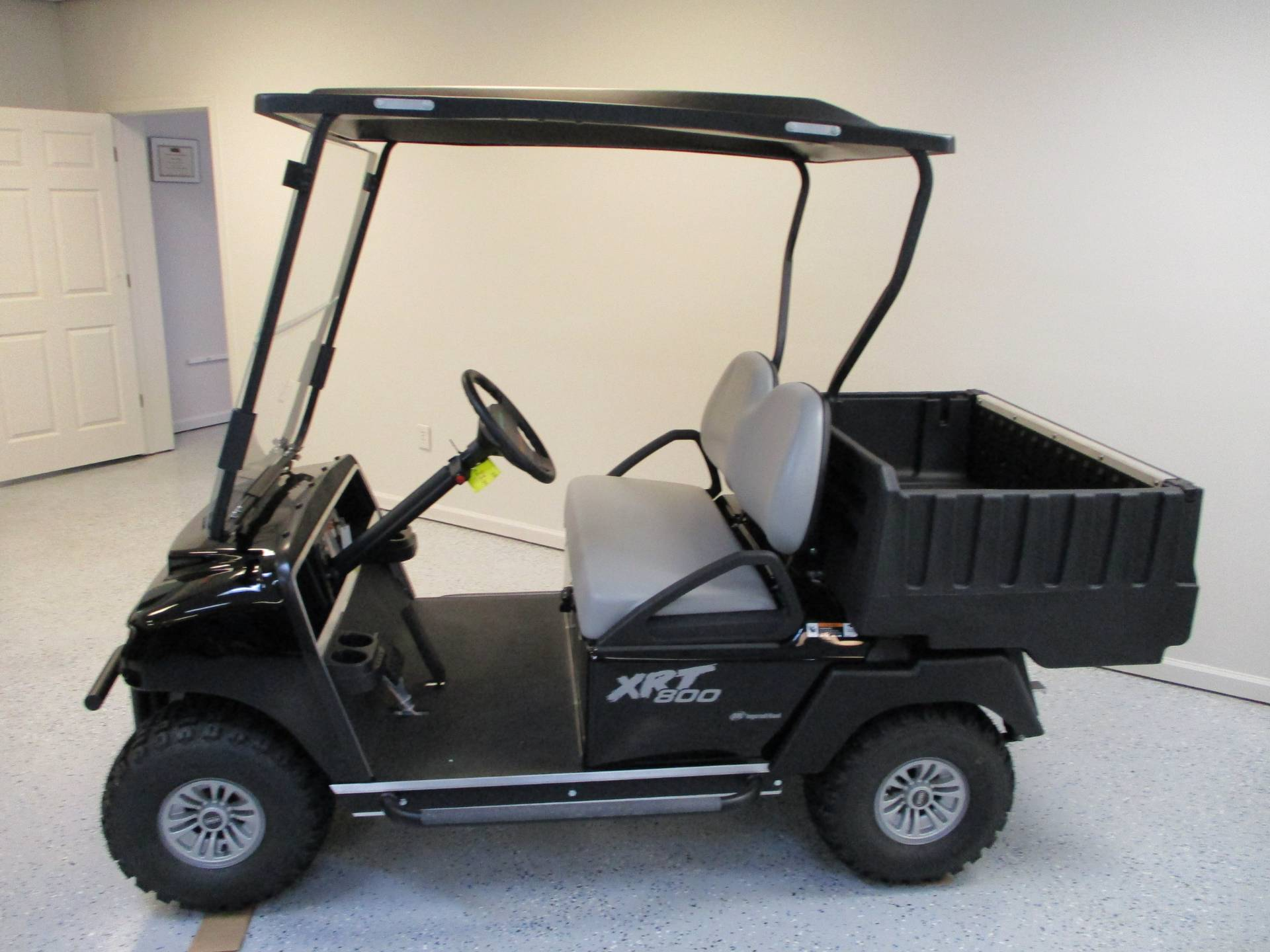 2020 Club Car XRT 800 Gas in Canton, Georgia - Photo 2