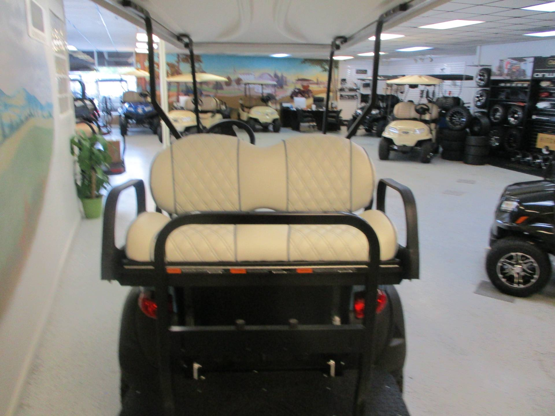 2020 Club Car Onward 4 Passenger Lifted Electric Ice Storm Edition in Canton, Georgia - Photo 4