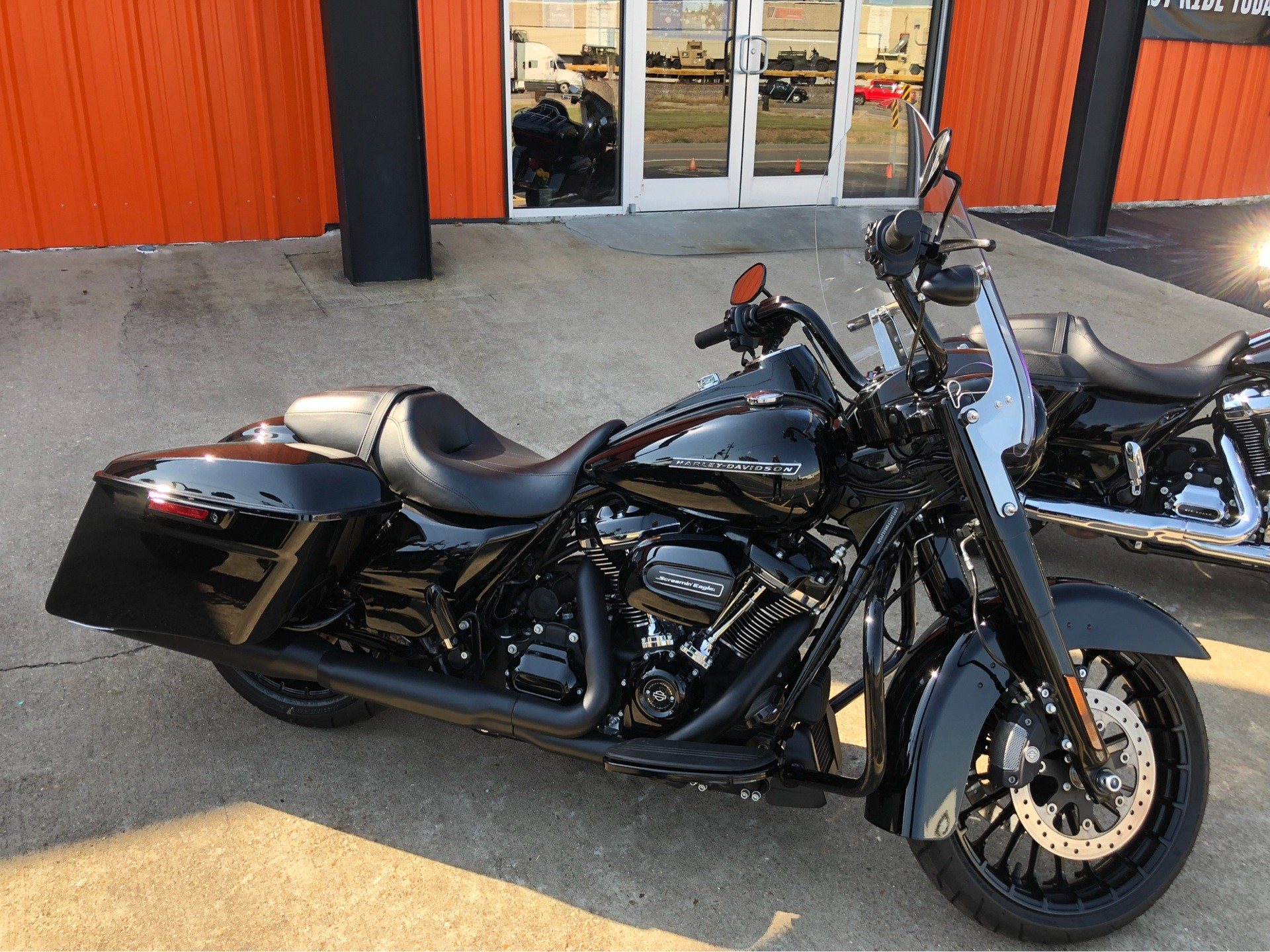 2017 Harley-Davidson Road King® Special in Jonesboro, Arkansas - Photo 3
