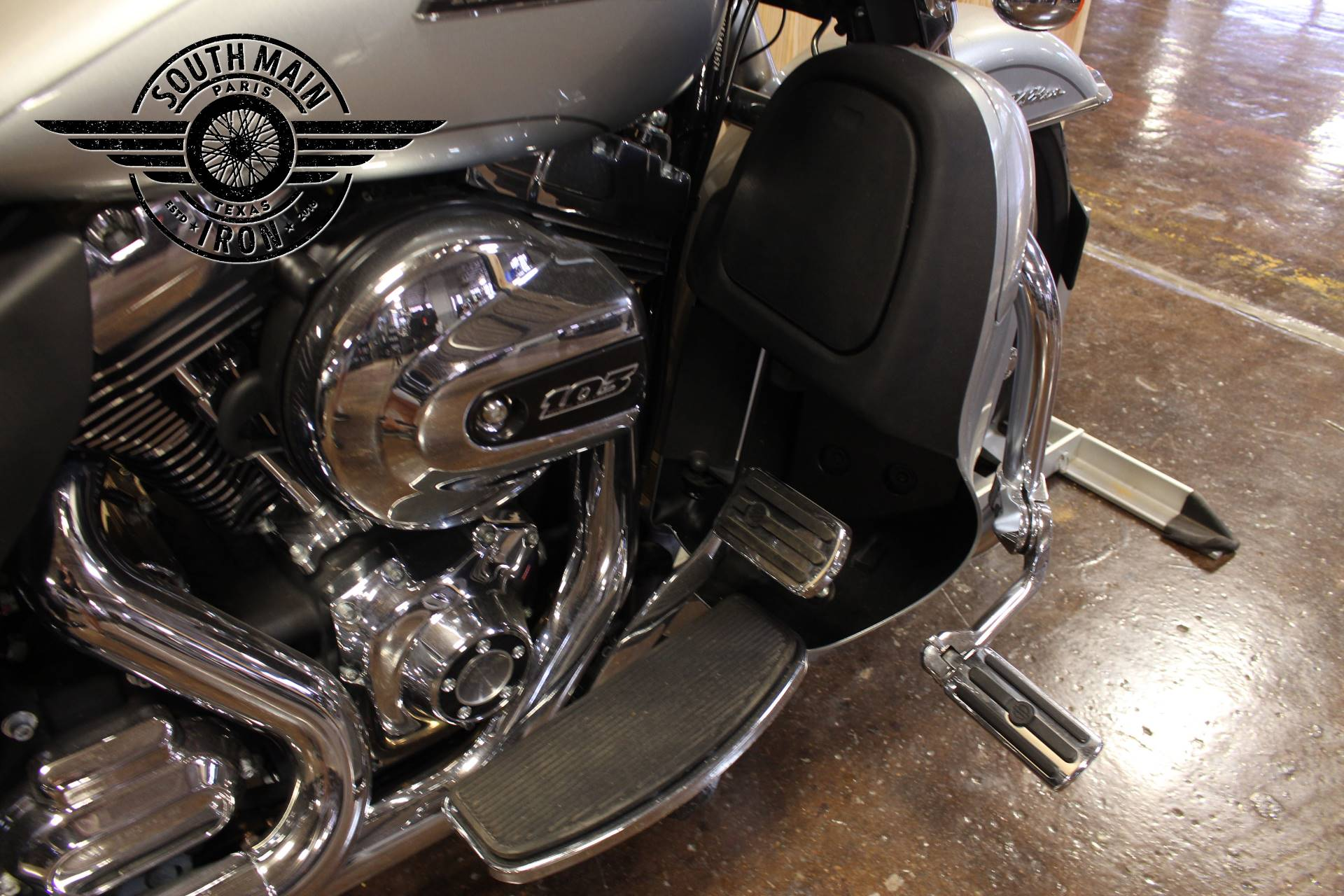 2015 Harley-Davidson Electra Glide® Ultra Classic® Low in Paris, Texas - Photo 8